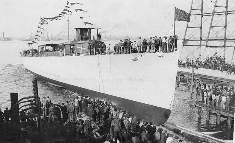 USS De Long