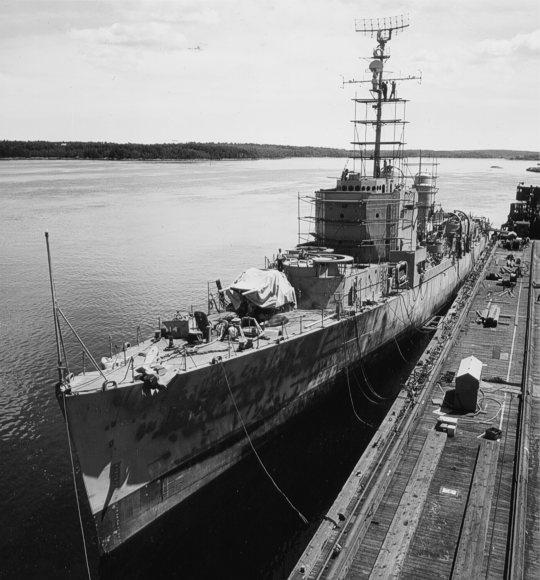 USS Robert A. Owens